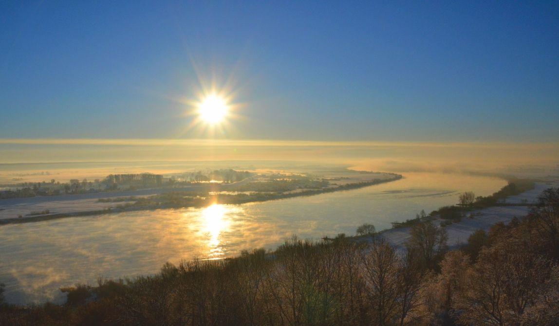 Dolina Wisły o wschodzie słońca