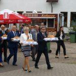 Starostowie Dożynek Wojewódzkich 2017 Gabriela i Grzegorz Chmielewscy, hodowcy bydła mlecznego i producenci mleka z Bukowca.